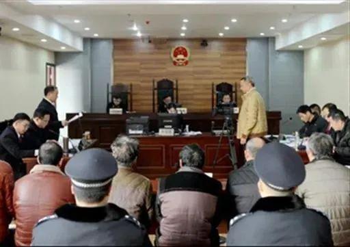 检察长出庭声援公诉