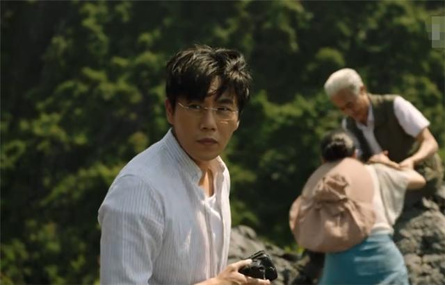 《湮没的角落》里,秦昊饰演连环杀手