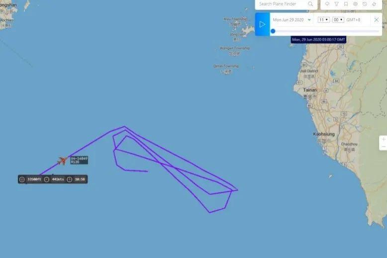美侦察机出现在台湾西南空域。图源:《解放时报》