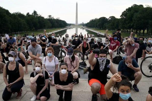 5日,华盛顿抗议者和平示威。/推特