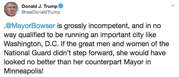 特朗普在推特怒斥鲍泽。