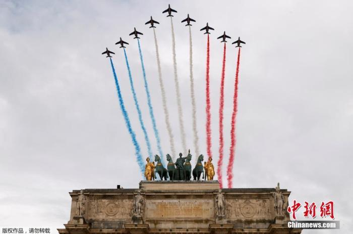 当地时间7月14日,法国巴黎, 法国一年一度的国庆阅兵式在协调广场举走。