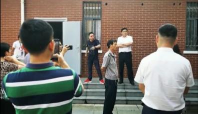 6月15日冲突现场视频截图。受访者供图