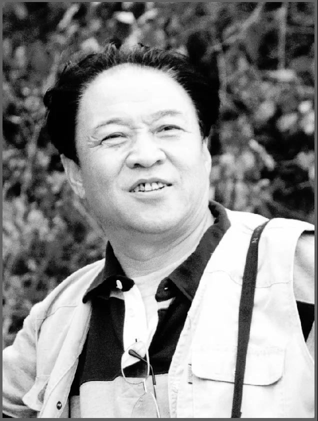 著名摄影家、中国摄影家协会原常务理事李英杰逝世