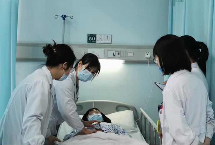 女子备孕半年,不料大出血差点丧命,只因忽视生理周期