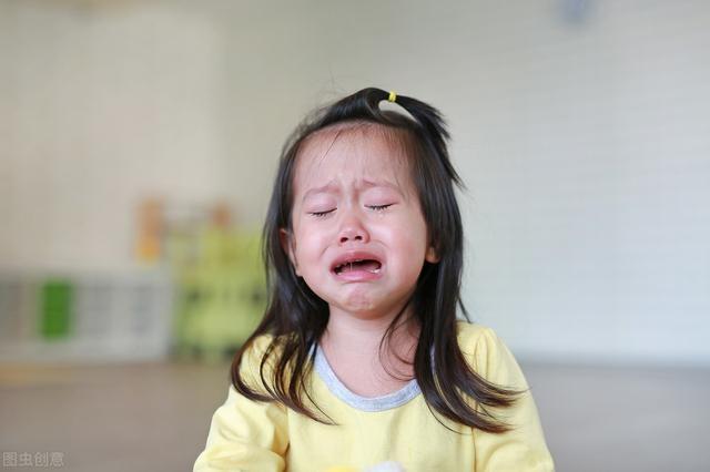 乘风破浪的姐姐们又美又飒!但面对这个育儿问题时,也会有姐姐急得掉眼泪