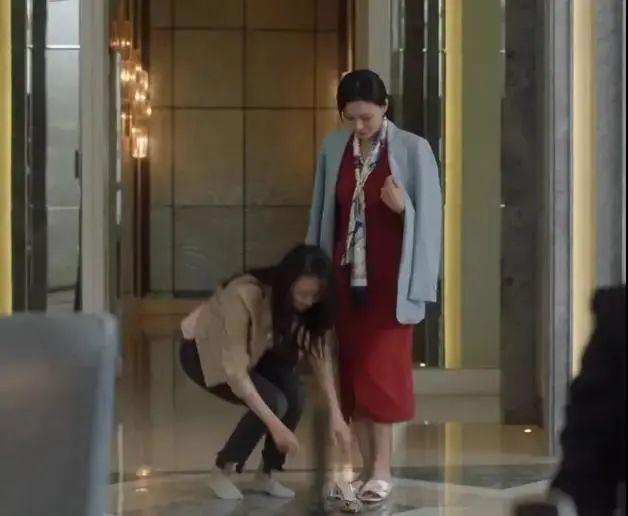 《三十而已》顾佳爆火:不要惹一个妈妈,为了孩子她会拼命