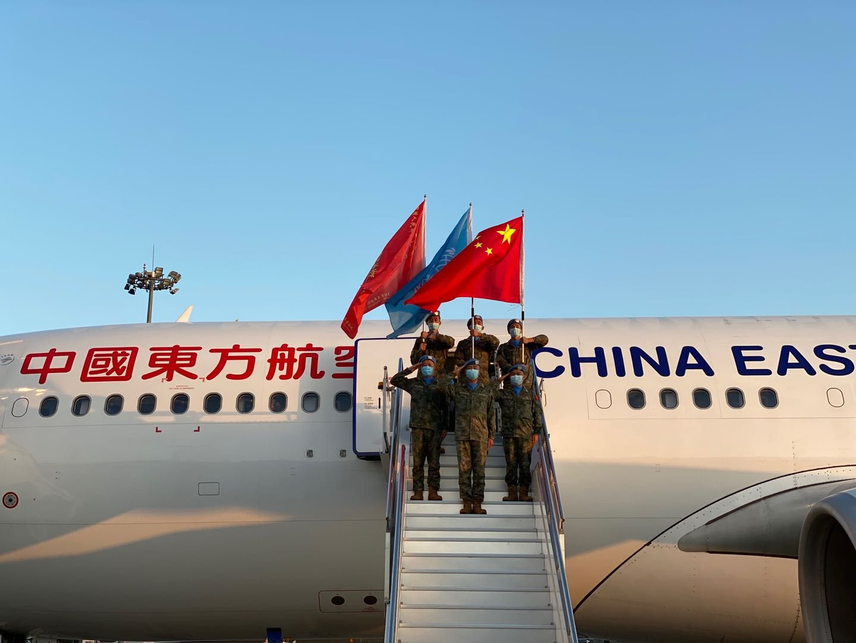 中国第19批赴黎巴嫩维和部队官兵搭乘东航包机飞往黎巴嫩执行维和任务。东航供图