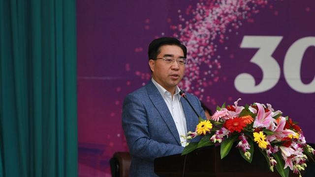 南开经院院长盛斌:疫情改变国际贸易格局 人工智能成关键技术