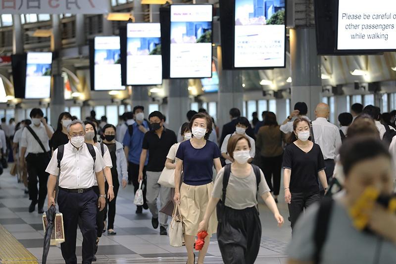 经济遭受疫情重创 日本企业要求员工