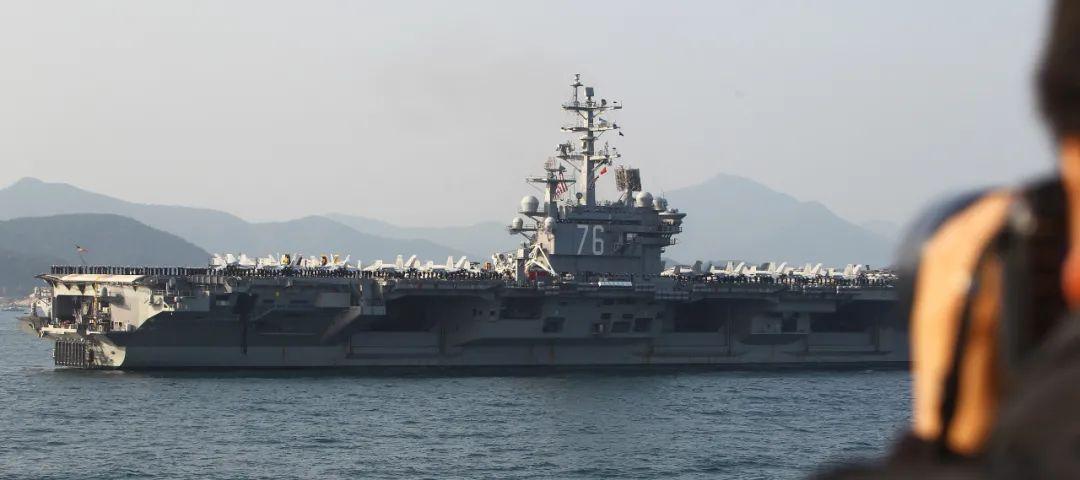 台媒关注:阿扎抵台前,美航母溜进东海