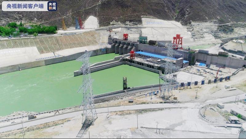 国家重点工程加查水电站投产发电,为西藏单机容量最大电站