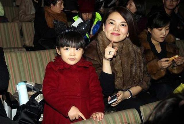 李湘育儿从群嘲到被狂赞,11岁王诗龄越来越优秀,别人家的孩子