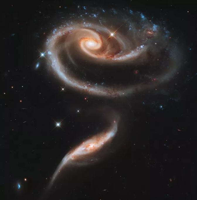 """哈博望远镜寻找地外生命取得突破性进展!回顾哈勃""""征服星辰大海""""之旅"""