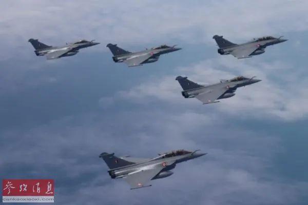 """▲资料图片:印度购买的首批""""阵风""""战斗机。(印度空军网站)"""