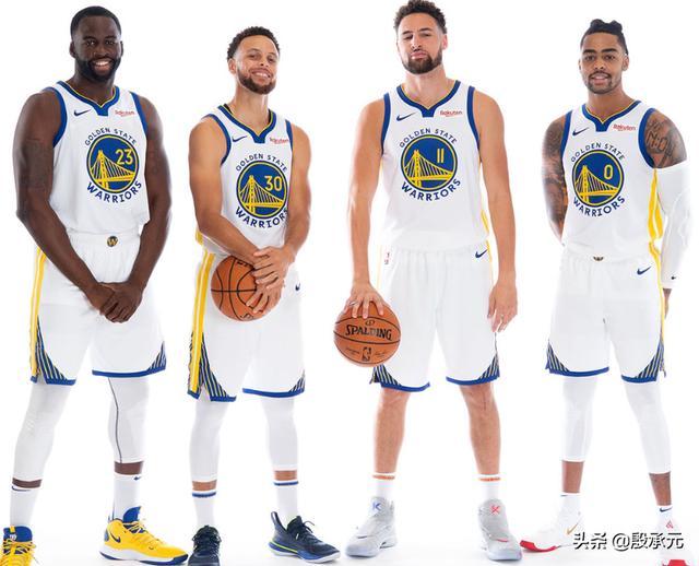如今NBA的三分球盛世,将小球之风推向了巅峰,也吸引了无数的追随者。