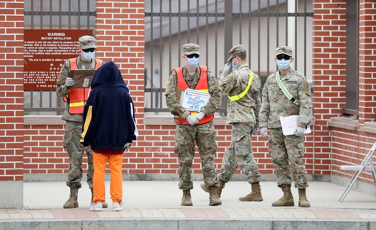 韩国新冠疫情快速蔓延 驻韩美军提升防疫响应级别