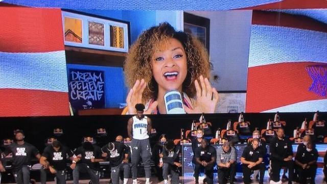 NBA拒绝下跪第一人!艾萨克唱国歌时站立