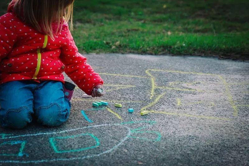 最适合在1岁开始的早教,95%的家长居然都制止过?