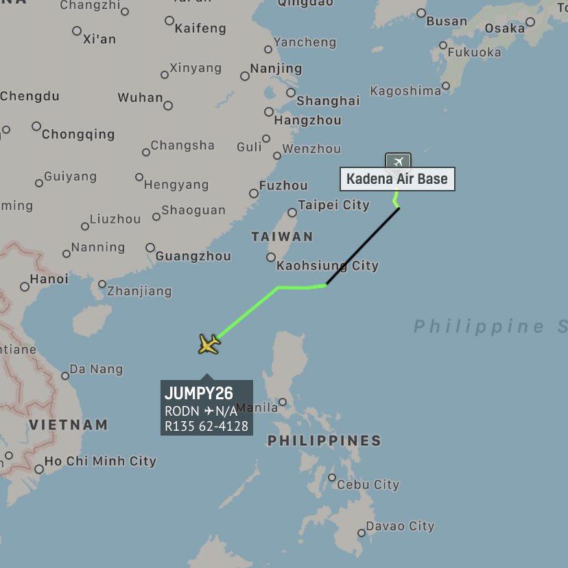 美军弹道导弹侦察机前往我南海琼海警附近区域抵近侦察我弹道导弹数据 图源:FR24