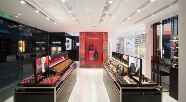 欧莱雅发布上半年财报:中国市场销售额增17.5% 专业美发产品下跌