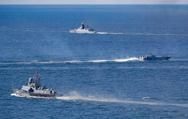 """资料图片:参加""""海洋之盾-2020""""军演的俄海军战舰。(俄国防部官网)"""