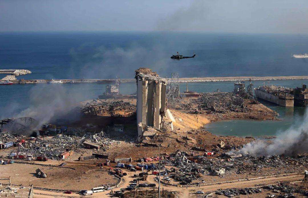 ▲黎巴嫩首都贝鲁特港口区发生爆炸后建筑物受损。图片来源:法新社