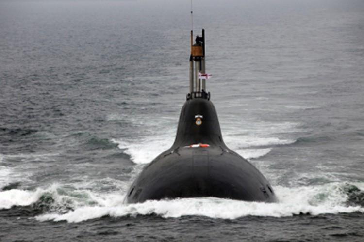 """印度向俄罗斯租借的""""查克拉""""号核潜艇。"""