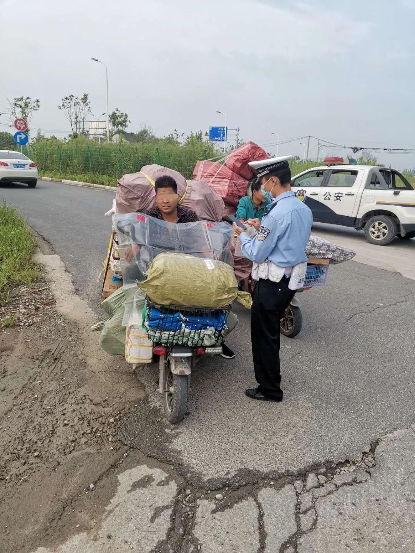 今年以来上海公安查处快递外卖骑手交通违法4.3万起