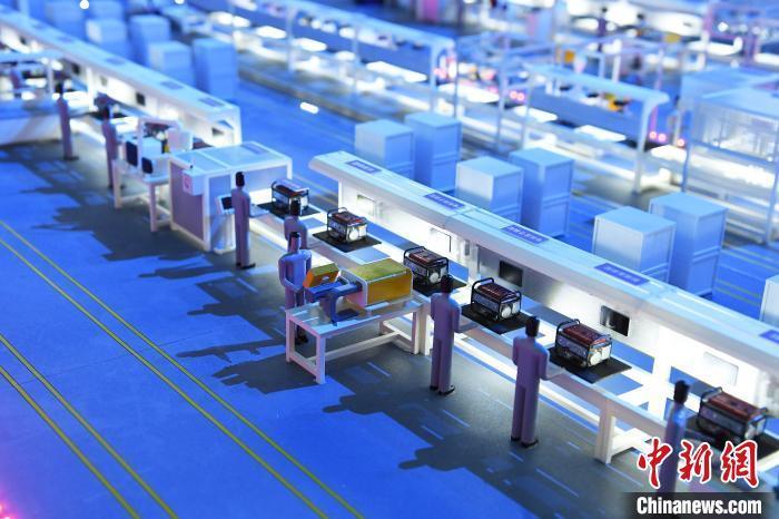 资料图:智能装配车间数字化运营模型展示。 陈超 摄
