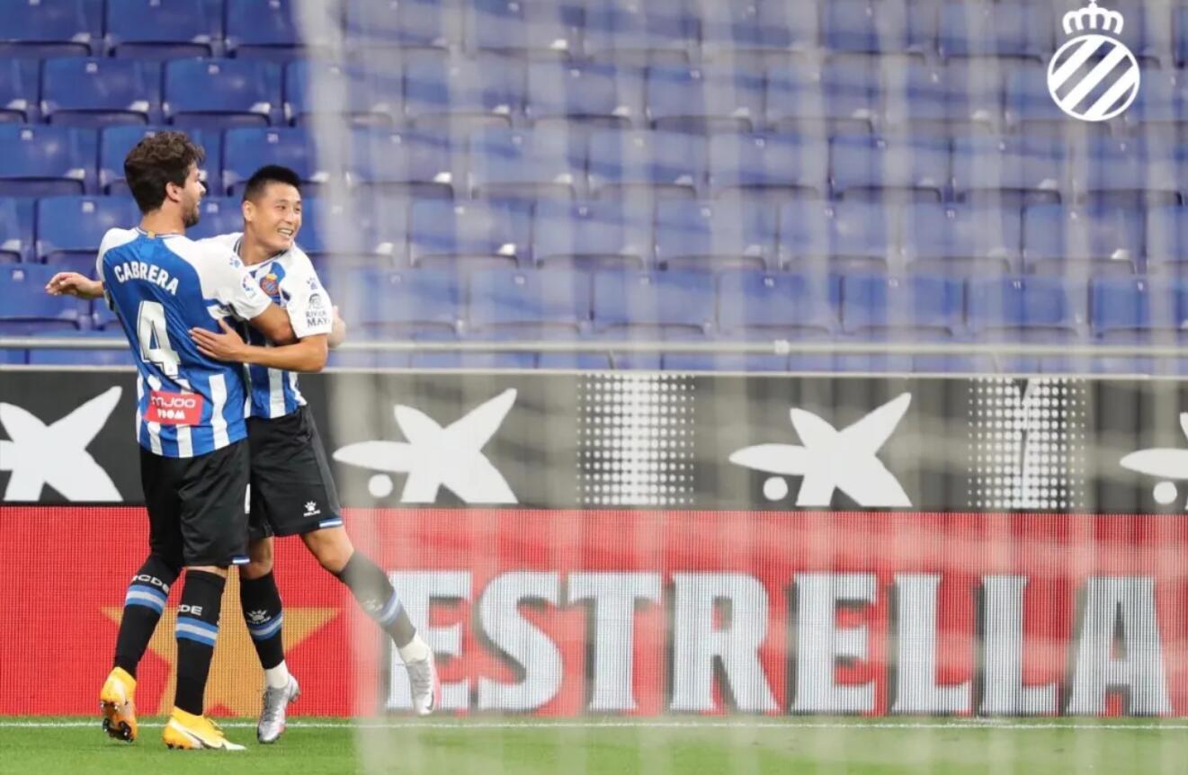 在17日凌晨和西乙球队赫罗纳的热身赛中,梅西梅开二度,展现了良好的状态。