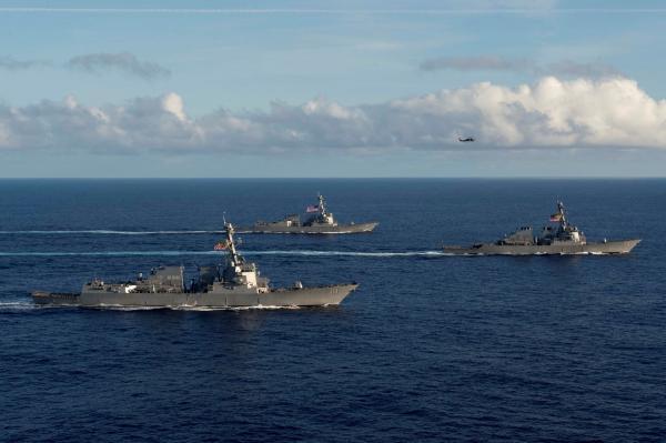 美国海军也在试图恢复水面战斗群,但战舰不够用