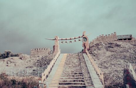 情定新疆 南北疆旅拍风格大不同,你pick哪一种?