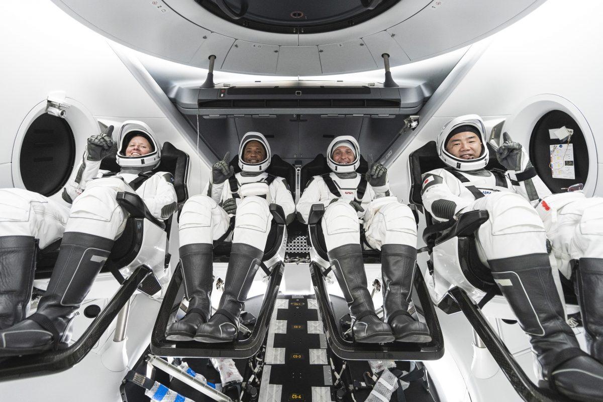 档期太满,NASA决定龙飞船10月底送4名宇航员去空间站