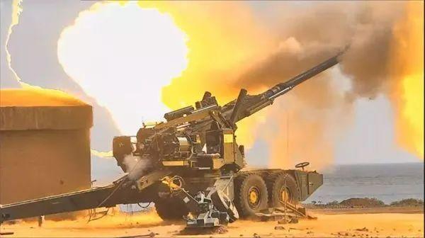 ▲印军试射国产ATAGS牵引火炮视频截图。(印度国防部官网)