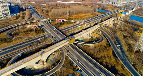 京沈高铁全线贯通 预计年底实现通车