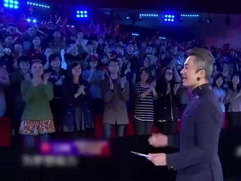豆角夫妇恩爱40年,如今登台表演自创豆角舞,逗乐赵薇!