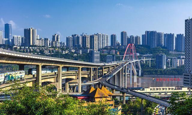 香港的gdp总量_香港第二季GDP增长7.6%全年经济预测上调至5.5%至6.5%