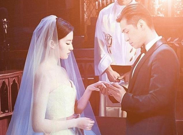 胡歌刘亦菲已经领证结婚将在年底官宣恋情是真的吗?
