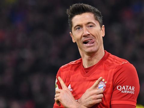 莱万代表拜仁打进250球!太恐怖,比梅西在巴萨还厉害……