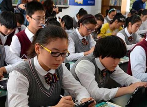 初中学习直接影响中考高考,这几类学生,过来人直言:考大学难