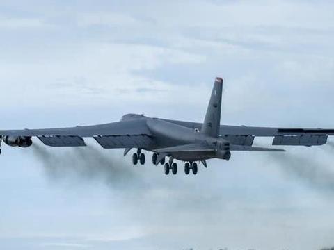 "B-52""同温层堡垒""轰炸机:诞生于1952年,服役至今的王牌轰炸机"