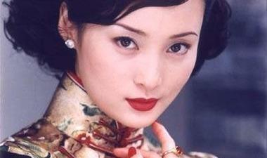《半生缘》顾曼璐:落魄舞女的心理扭曲之路,是缺爱酝酿的恶果