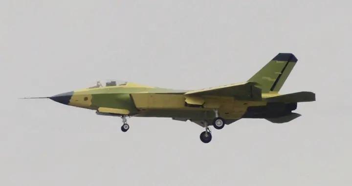 想要FC-31?F-35战机太贵,物美价廉美国军企模仿不来