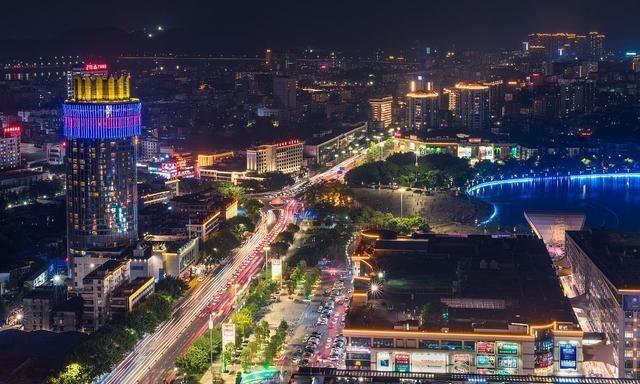 封开gdp_肇庆8个县市区gdp和城区面积排名,四会城区面积和gdp都排第一名