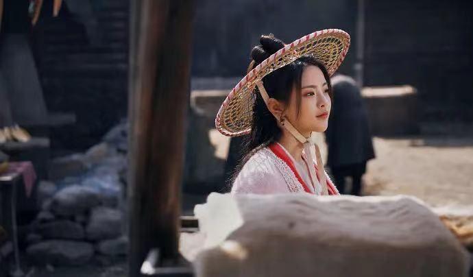 刘宇宁为什么资源这么好?《长歌行》后又接拍新剧《说英雄谁是英雄》