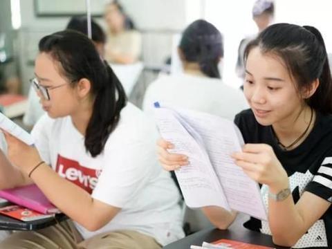 考上普通高中,比考大学还要难,有的地区还将提高中职生招收比例