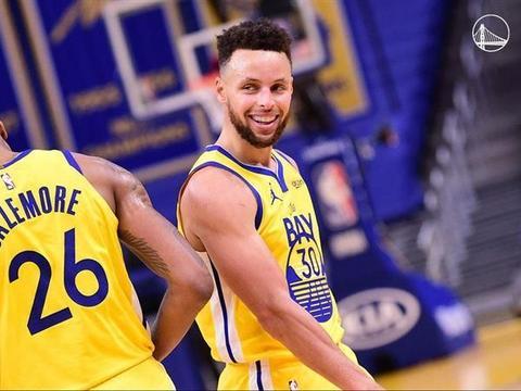 【体育新闻报】NBA/柯瑞发威进帐41分勇士逆转险胜雄鹿