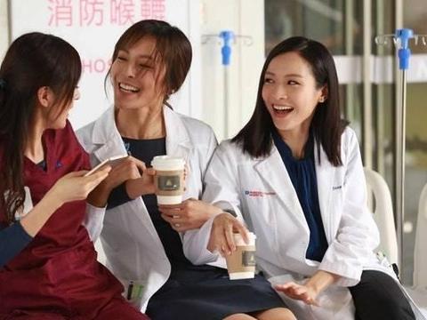 唐诗咏张曦雯重回旧地拍摄《白色强人2》 暗示李佳芯有望回归