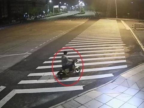 """绍兴民警抓住小偷后,他说:""""没想到戴了假发还是被抓了!"""""""